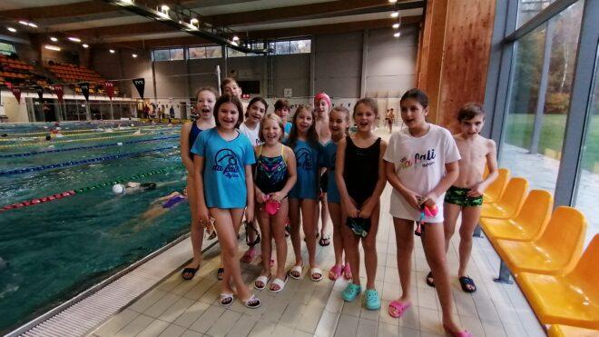 Mistrzostwa Śląska dzieci 10 letnich. Brązowy medal w sztafecie 4x50m stylem dowolnym Chłopców